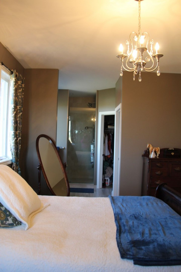 Laura Nicholson - master room into ensuite area