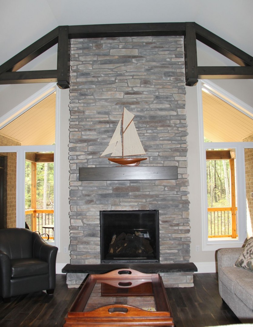 huron-woods-home-2015_great_room_fireplace